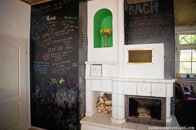 Babes in Deutschland, Use chalkboard contact paper instead of paint to transform a space!